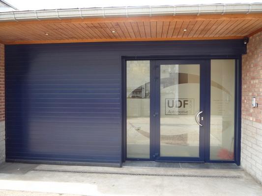 Installation de châssis Profel PVC à Liège